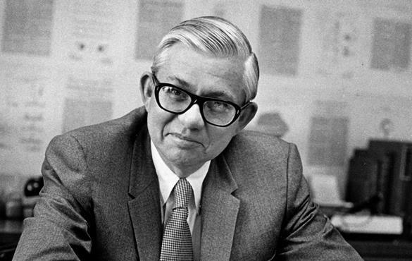 James M. McKelvey Sr., longtime dean, 94